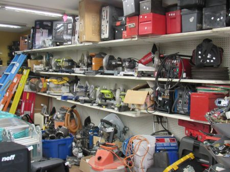 Pawnshop that Buys Tools
